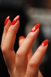 five red nails