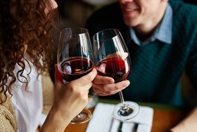 red wine is good for microbiota
