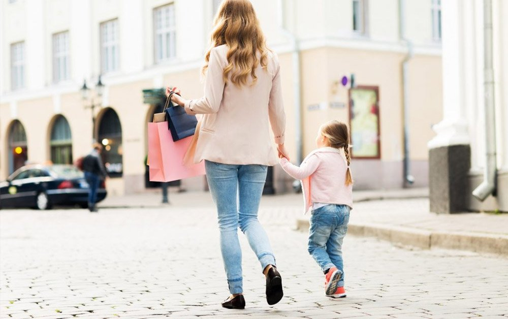 Practical Style Tips for Moms - Best Affordable Fashion to Look Awesome