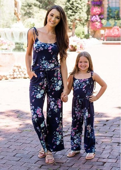 Floral_Jumpsuit mom fashion