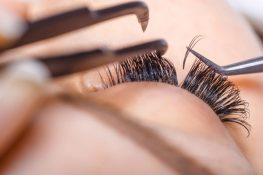 How to Do Eyelashes Extension