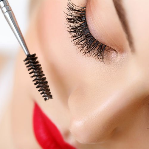 Natural curl for your Lashes