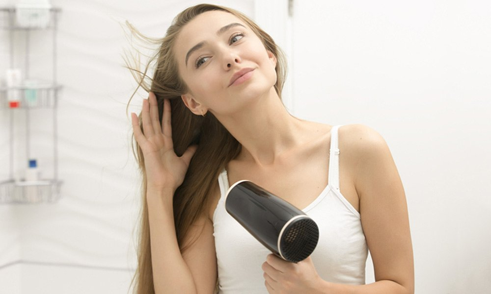Blow-Dry-Hair-Techniques-for-All-Hair-001