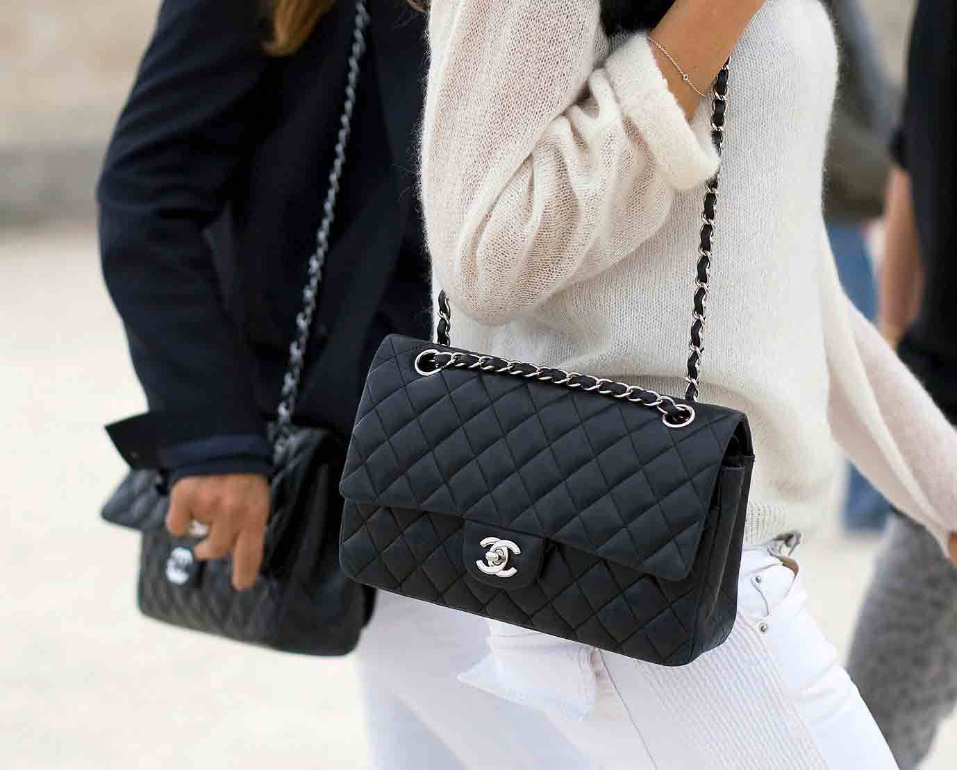 How-to-style-handbags-with-an-outfit-03