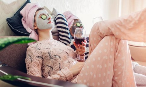 Staying-at-Home-The-Beauty-and-Health-benefits