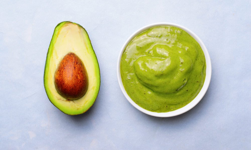 Avocado-Hair-Mask-For-a-Total-Revitalize-01