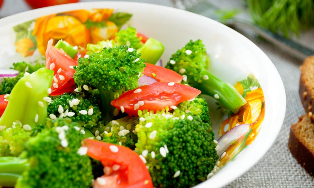 Broccoli-Salad-Recipes-with-Lowest-001