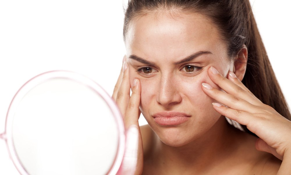 How-to-Control-Oily-Skin-Easiest-001